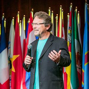 tom-kereszti-speaker